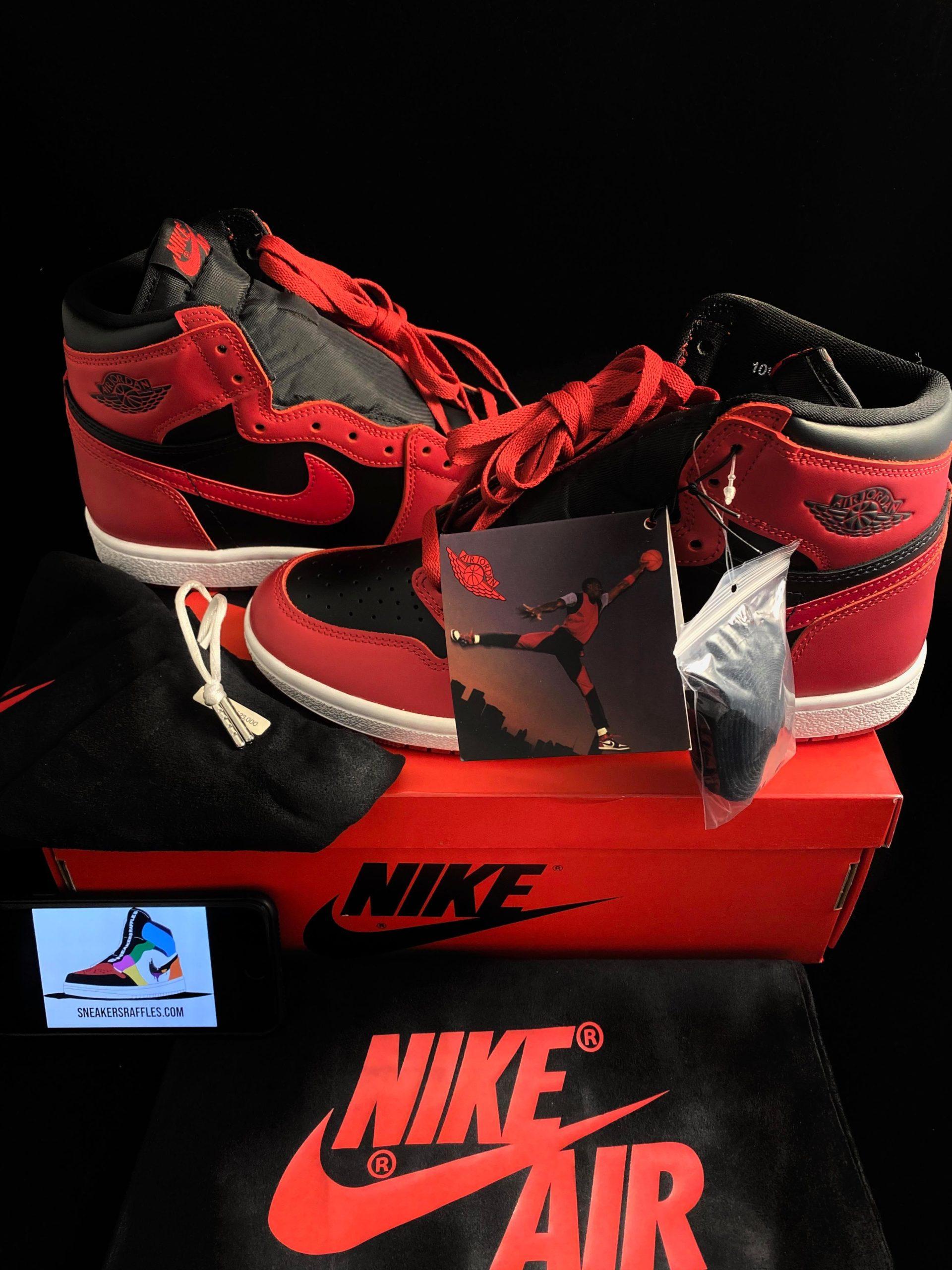 Nike Air Jordan HIGH 85 REVERSE BRED on Box